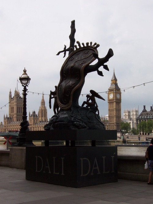 Dali Sculpture - London