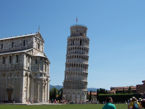 Leaning Bell Tower - Pisa, Italy
